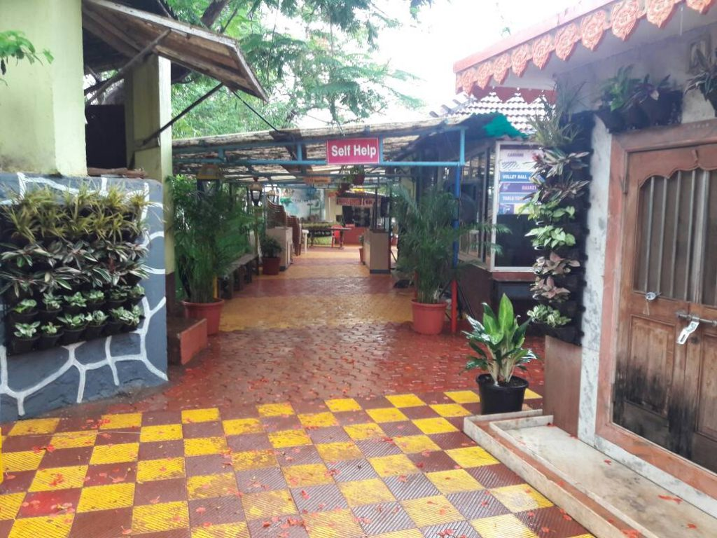 Pooja Resort Kolad