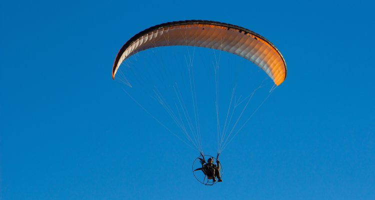 Paramotoring in Kolad