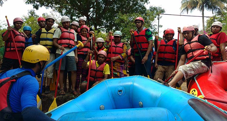 white water rafting courses in india